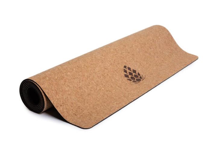 sarwa-yoga-korkkimatto